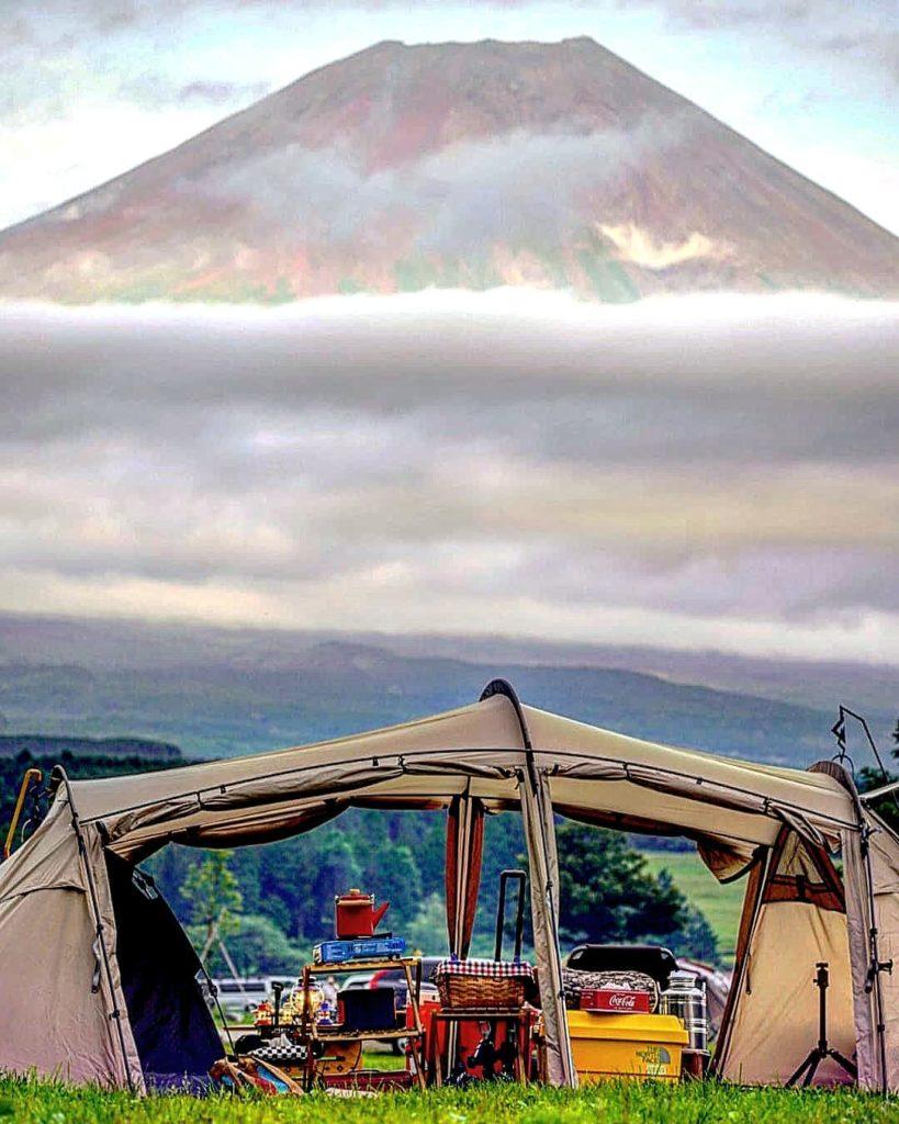 望遠レンズを使うと富士山がこんなに大きく撮影できる!